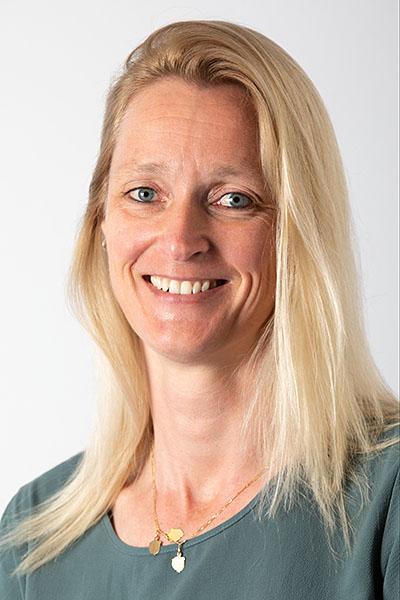 Annelies van Hooff